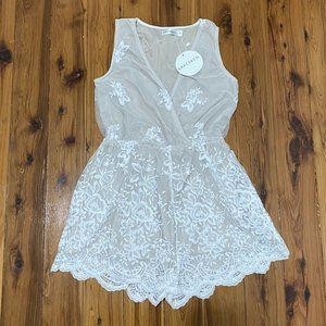 Grace & Co Romper Size 8 Nude White Lace Overlay